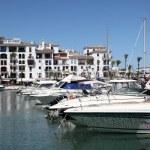 Luxury yachts in port La Duquesa. Costa del Sol, Andalusia Spain — Stock Photo #12408181