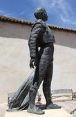Standbeeld van de torero antonio ordonez in ronda, andalusië — Stockfoto