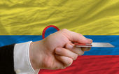 Buying with credit card in colombia — Stock Photo