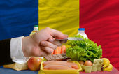 Buying groceries with credit card in romania — Stock Photo