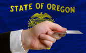 Buying with credit card in us state of oregon — Stock Photo