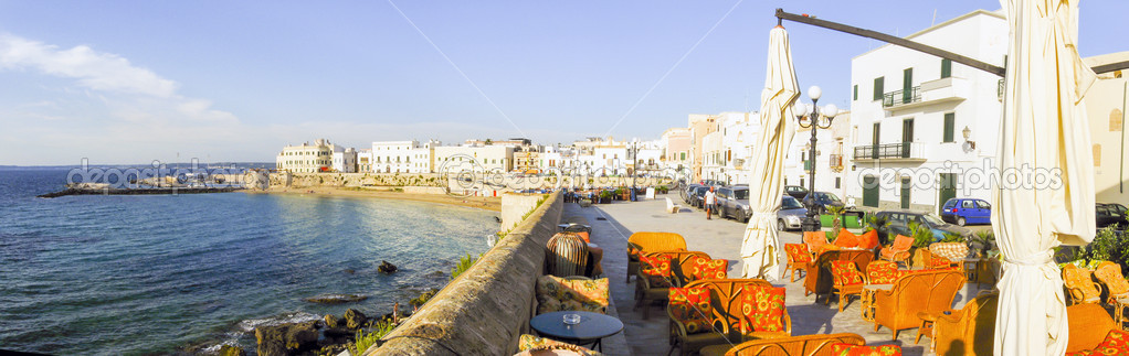 Landscape of the promenade of Gallipoli — Stock Photo #11193971