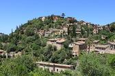 Pueblo mediterráneo de deja — Foto de Stock