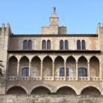 Almudaina Palace in Palma de Mallorca — Stock Photo #11756735