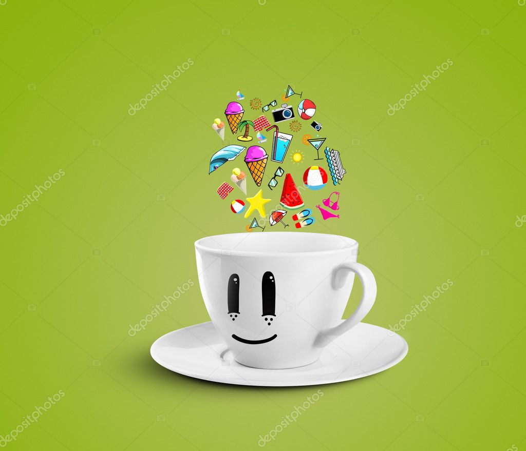 Smiles cup dream vacation on a green background — Stock Photo #12025247