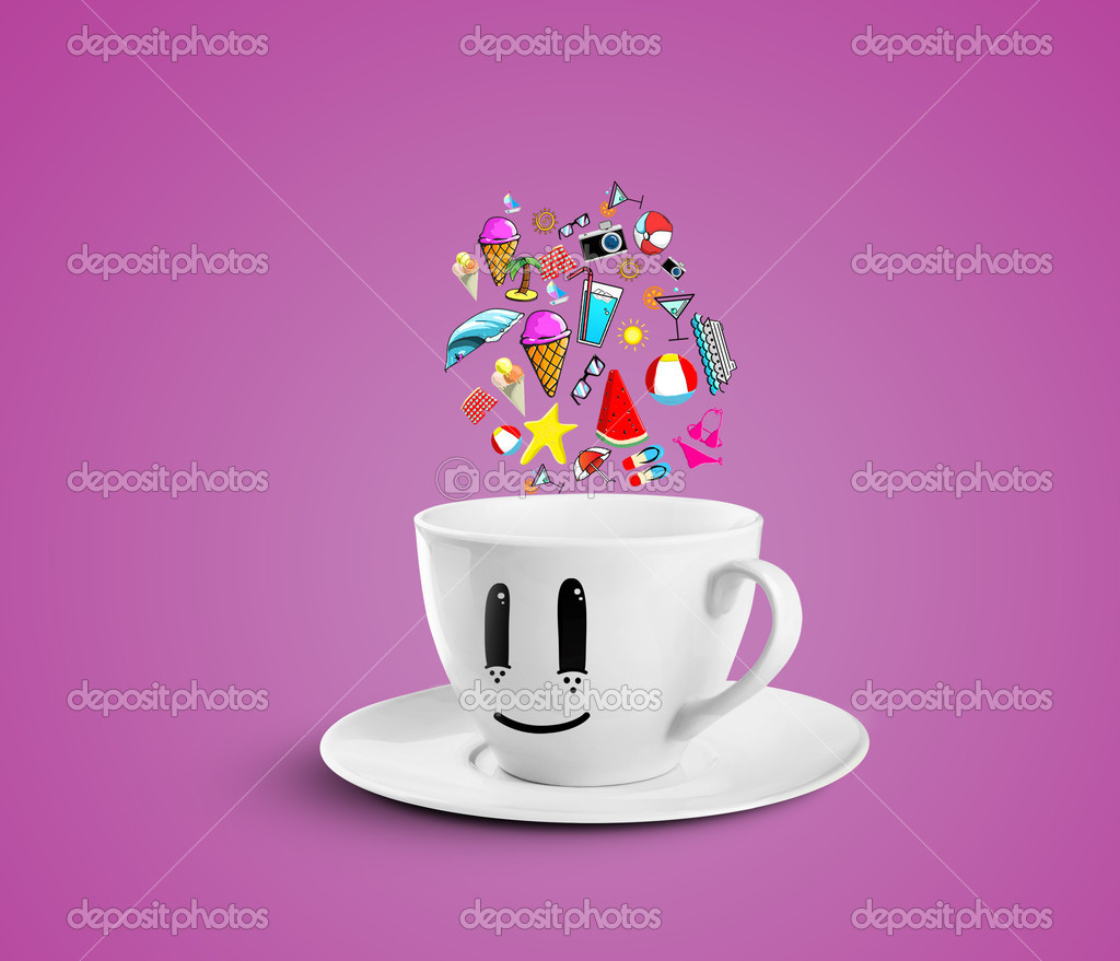 Smiles cup dream vacation on a pink background — Stock Photo #12025248