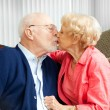 Seniors Snuggle — Stock Photo