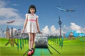 Chica viajes alrededor del mundo — Foto de Stock