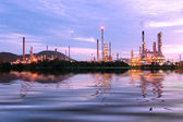 Scenic of petrochemical oil refinery plant — Stock Photo