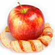 Red apple and measuring tape on a white background. — Стоковая фотография