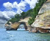 Rive du lac national de roche sur la photo à l'état du michigan — Photo