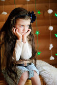 Little girl in anticipation of Christmas night — Foto Stock