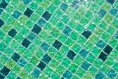 スイミング プールのきれいな水の波状のパターンの背景 — ストック写真