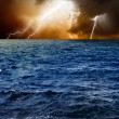 Lightnings in sky, sea — Stock Photo