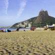 Ipanema Beach in the morning — Stock Photo
