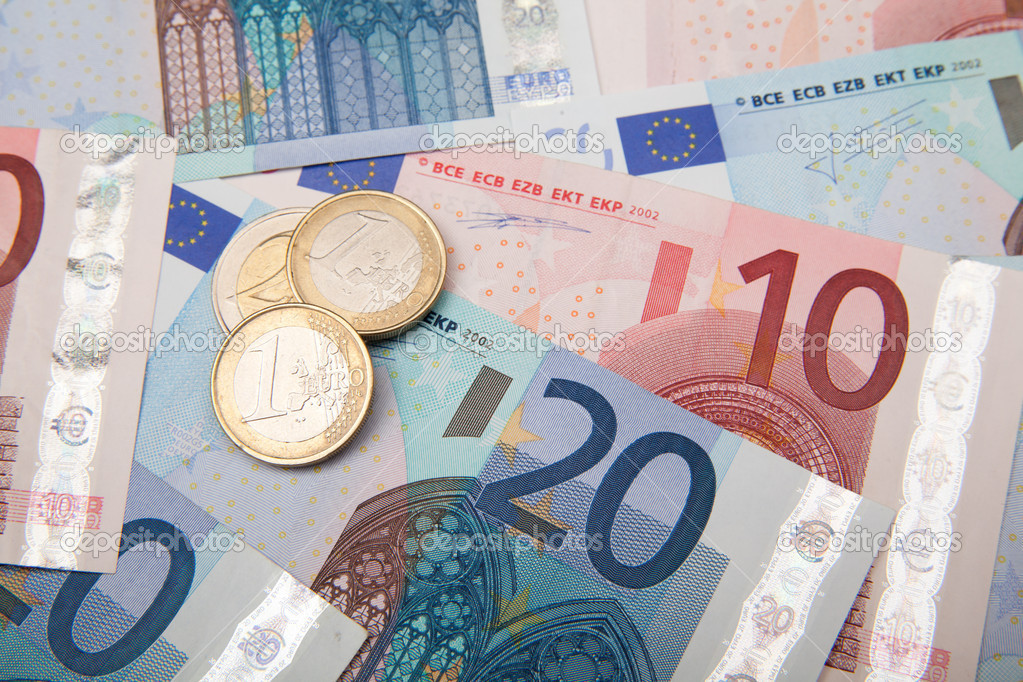 Euro coins and banknotes — Stock Photo #11261857