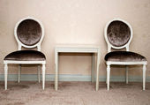 Old chairs — Stockfoto
