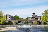 Stramongate bridge and weir at Kendal — Stock Photo