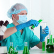 Scientist working in chemistry laboratory — Stock Photo