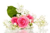 Rosas en ramo aislado en blanco — Foto de Stock