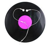Zwart vinyl record en koptelefoon op wit wordt geïsoleerd — Stockfoto
