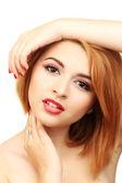 Retrato de mulher jovem sexy com glamour make up e manicure vermelho — Foto Stock