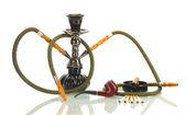 Rökning verktyg - en vattenpipa, cigarr, cigarett och röret isoleras på vit bakgrund — Stockfoto
