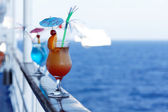 Cocktails on a cruise ship — Stock Photo