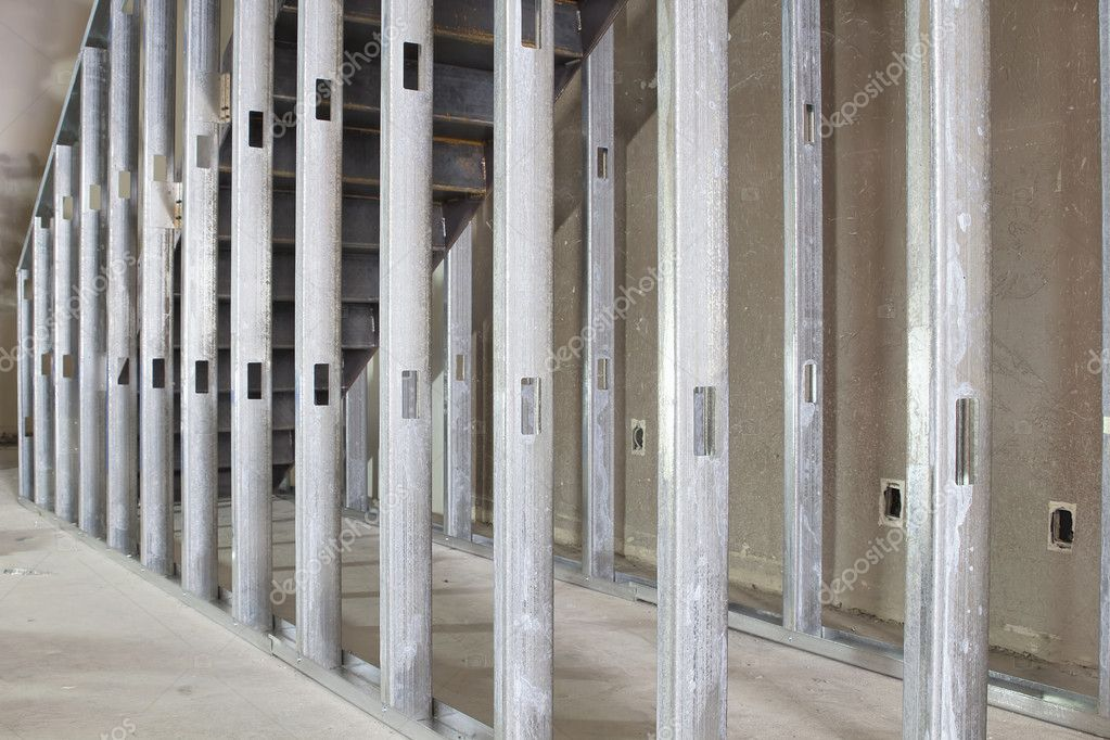 Commercial Drywall Thickness : Metal stud framing in commercial space — stock photo
