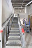 Stalen trap bouw in de commerciële ruimte — Stockfoto