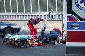 Accident Victim and Emergency Service — Stock Photo