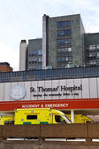 St Thomas' Hospital in London — Stock Photo