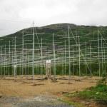campo de antenas en las montañas noruegas — Foto de Stock