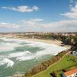 Biarritz between continuous waves and blue sky. — Stock Photo