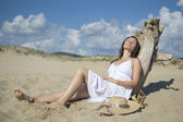Relaxing under the sun — Stock Photo