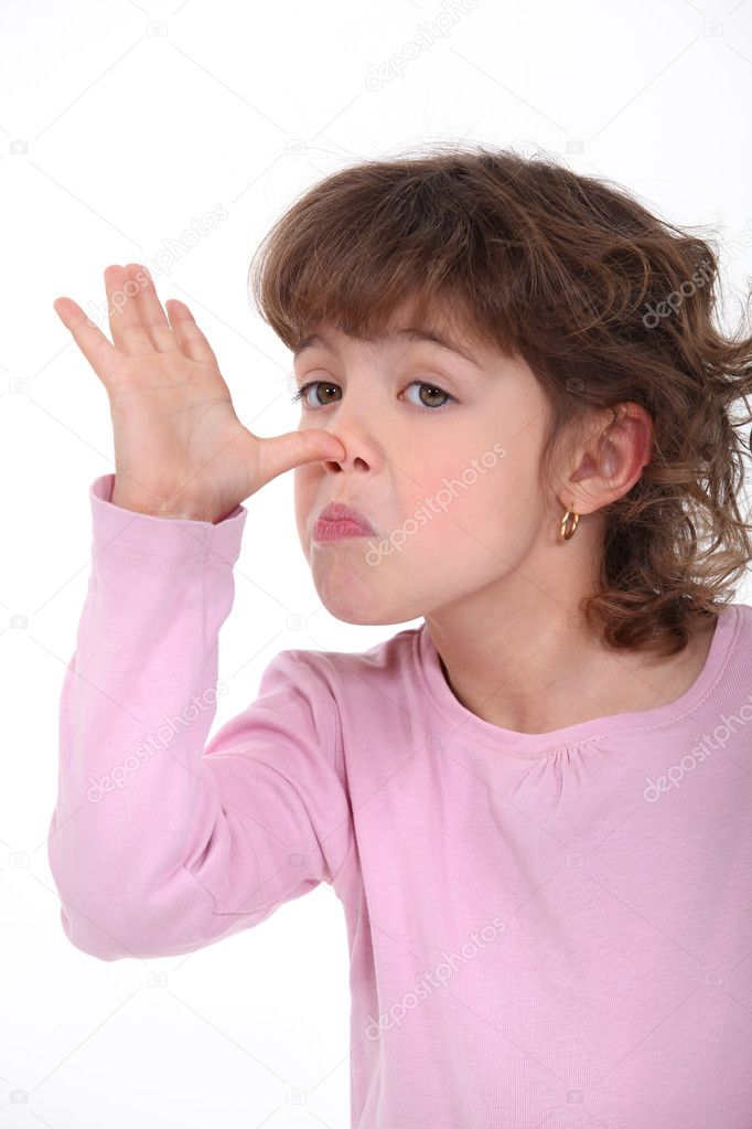 Little girl pulling a silly face — Stock Photo #10907785