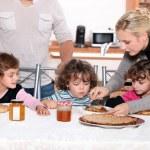 Children having a snack — Stock Photo
