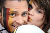 Par de los fanáticos del fútbol alemán — Foto de Stock