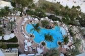 High-angle shot of resort swimming pool — 图库照片