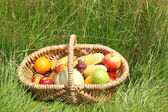 Basket of fruit and vegetables — Stock Photo