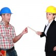 Architect and foreman in discussion — Stock Photo #11752055