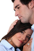 Couple in a loving embrace — Stock Photo