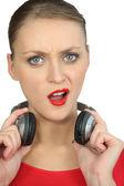 Una donna infelice essere disturbata — Foto Stock