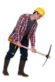 Labourer performing back-breaking work — Stock Photo