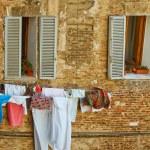 Постер, плакат: Italy Scenics Clothesline