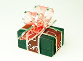 Gift box with bow — 图库照片