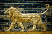 一只狮子的 ishtar 门 — 图库照片