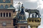 Catedral ortodoxa y lobo. detalle 1 — Foto de Stock