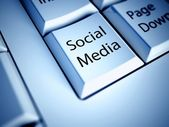 Keyboard and Social media button, internet concept — Stock Photo