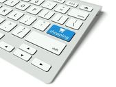 Keyboard and blue Shopping button, internet concept — Stock Photo